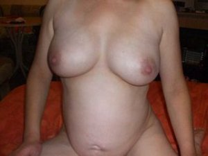 Vincianne escorts in Dover