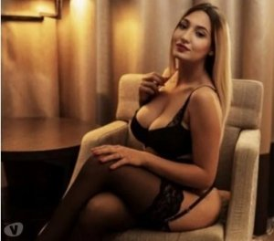 Iryna high end escorts service Vinings