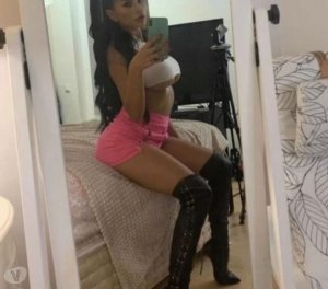 Mayssem escort girl in Pike Creek Valley
